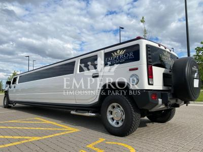 Hummer-H2-SUV-Limousine-17-scaled