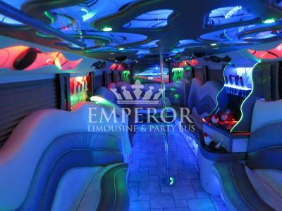 Pearl-Party-Bus-05-1