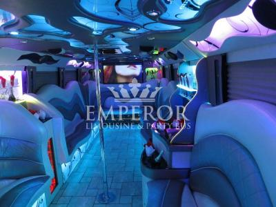 Pearl-Party-Bus-07-1