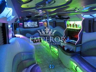 Pearl-Party-Bus-08-1