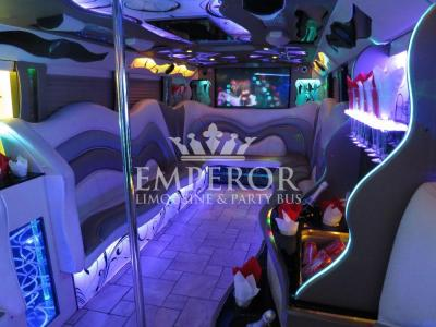 Pearl-Party-Bus-09-1