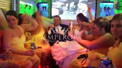chicago-party-bus-wedding-1