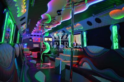 tiffany-party-buss-008-1024x684